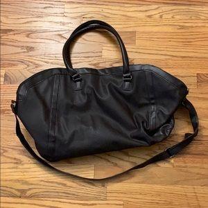 Handbags - beautiful faux leather weekend bag!